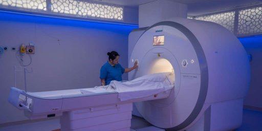 Emirates-Specialty-Hospital-MRI-Room-01